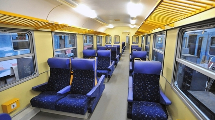 MÁV-Start Cleaning Up Hungary's Trains