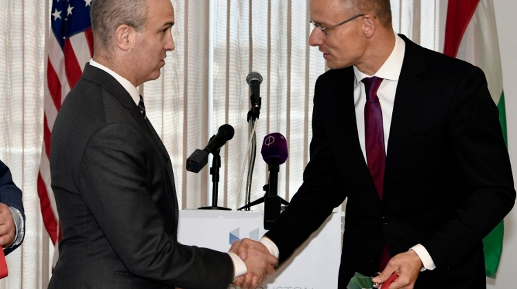 Hungarian FM Opens Representation In Houston