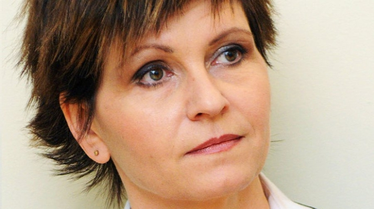 DK Backs Journalist Olga Kálmán As Budapest Mayor Candidate
