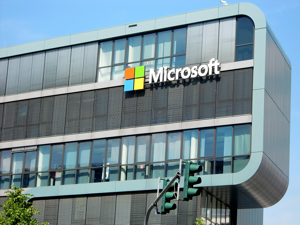 Hungarian Opinion: Microsoft Corruption Scandal