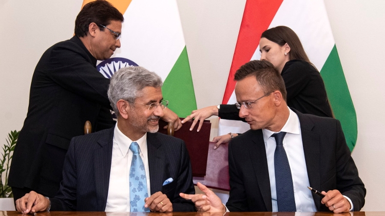 Video: Indian Foreign Minister Jaishankar Visits Hungary