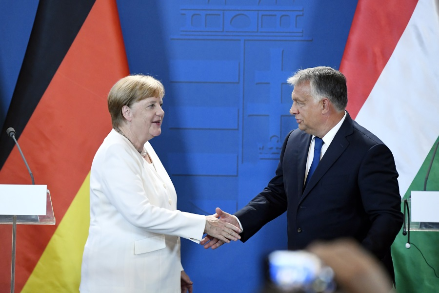 Video: PM Orbán Calls For Stronger Hungarian-German Economic Ties After Meeting With Merkel