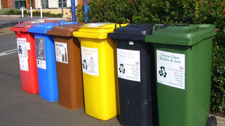 Hungarians Generate 385 Kg Waste Per Person