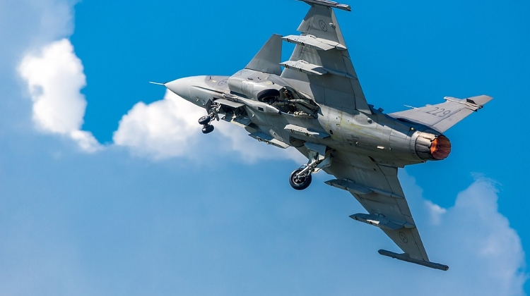 Hungarian Gripens Intercept Unidentified Aircraft