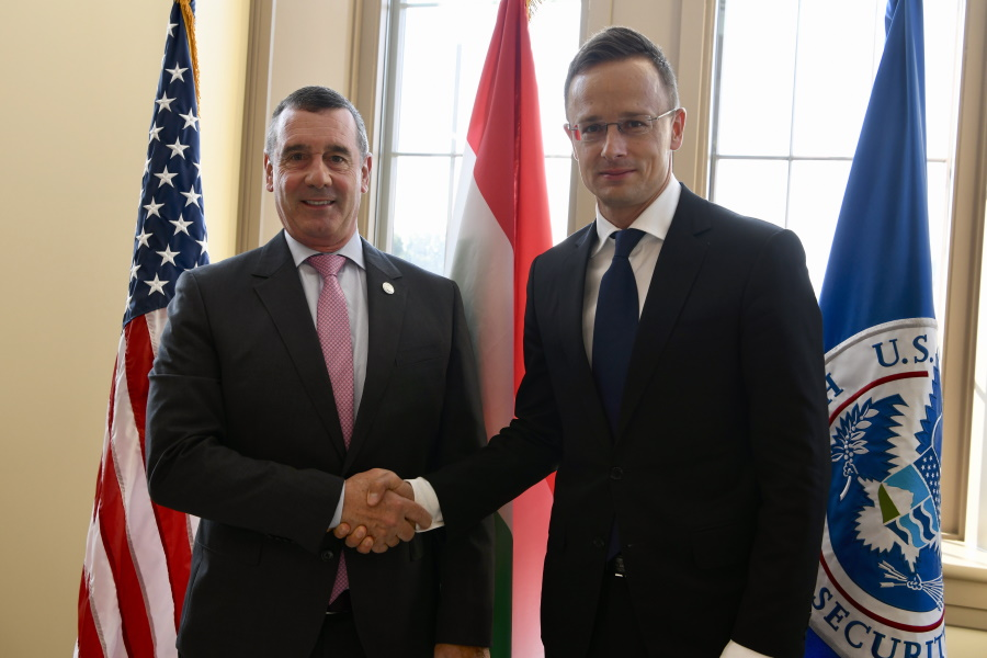 U.S. Extends Visa-Free Entry For Hungarians