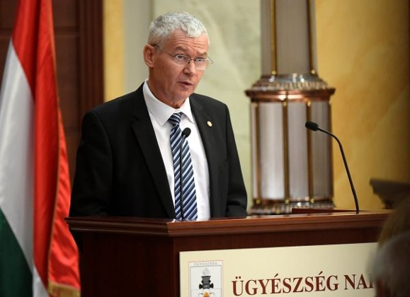 Hungary's President Re-Nominates Chief Public Prosecutor Polt