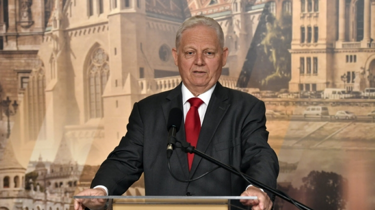 PM Orbán Appoints Former Budapest Mayor Commissioner