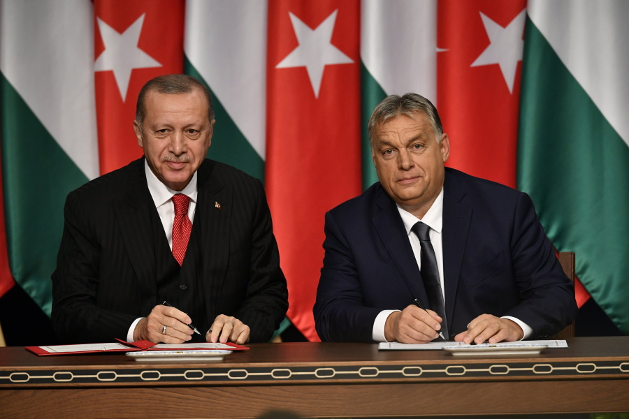 Video: PM Orbán Says Turkey 'Strategic Partner', Amid Protests In Hungary During Visit Of Turkish President