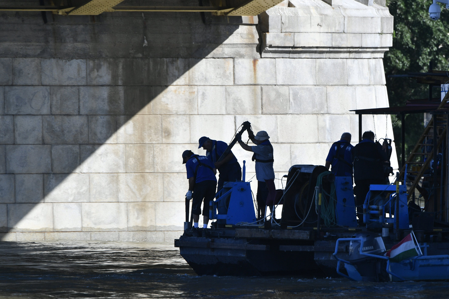 Hungarian Opinion: Deadly Boat Accident In Budapest