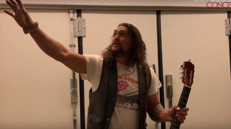 Video: Hollywood Stars Jason Momoa & Oscar Isaac Play Guitar At Al Di Meola Concert in Budapest