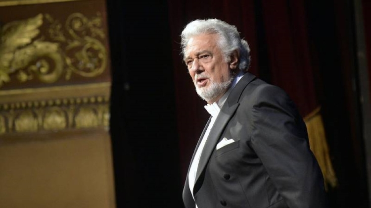Video: Warm Reception For Placido Domingo In Hungary Despite Sexual Harassment Allegations