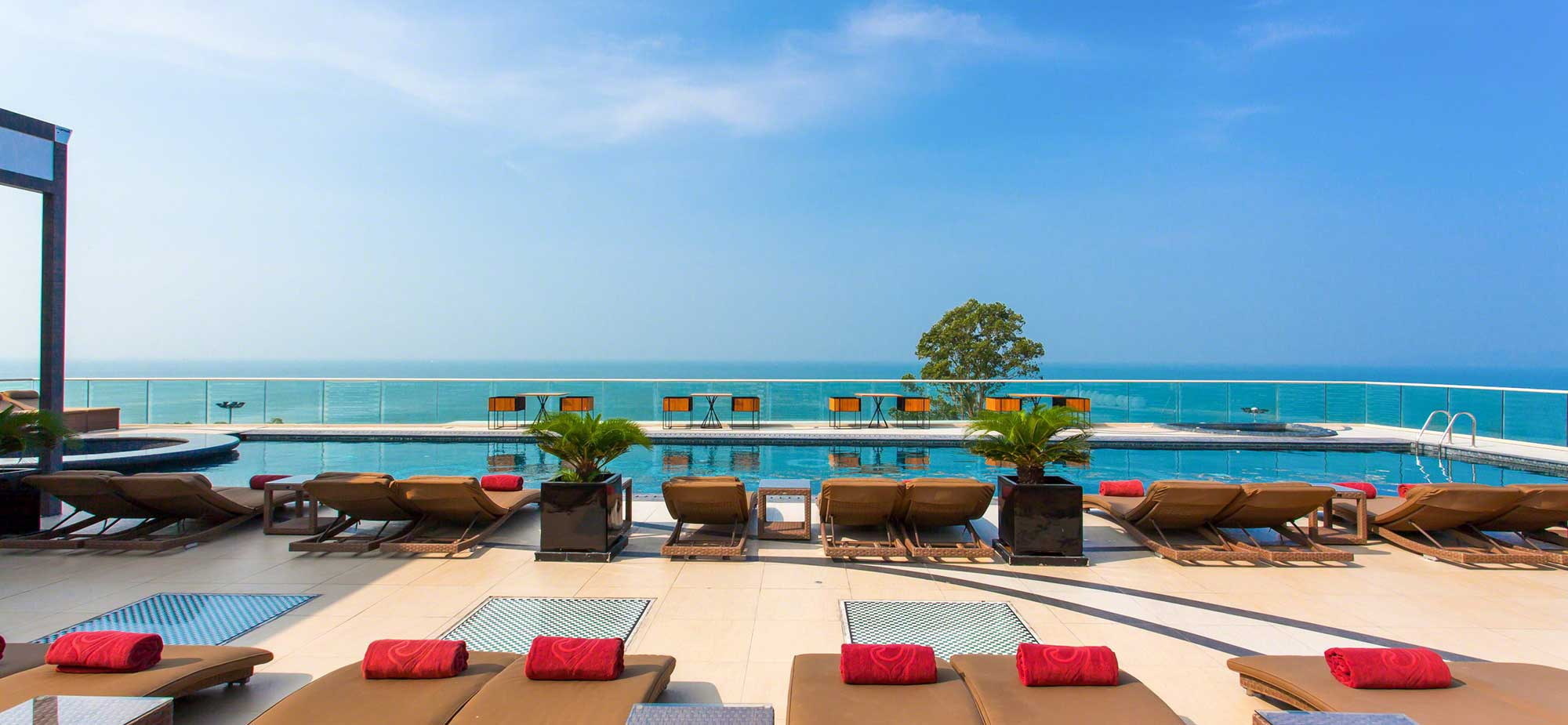 Escape From Budapest To Luxury Beach Life At Centara Grand Phratamnak In Pattaya