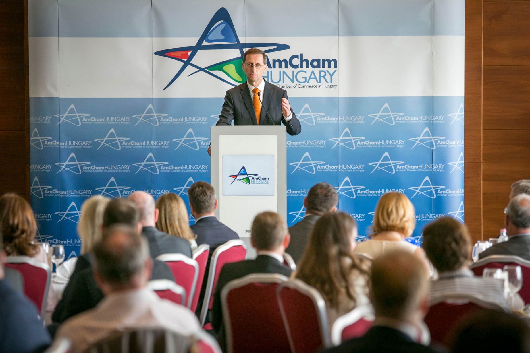 Finance Minister Presents Latest Tax Cuts, Growth Incentives At Amcham Forum