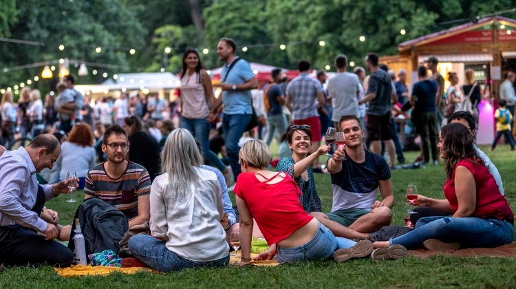 'Rosalia Wine & Champagne Festival', Budapest City Park, 31 May – 2 June