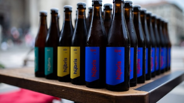 Hungarian Microbrewery Hübris Launches Minimalist Beers