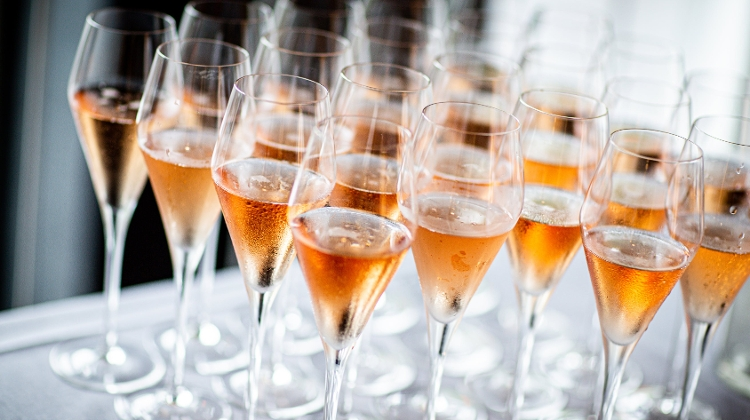 Hungarian Sparkling Wine Breaks Into Global Top 10