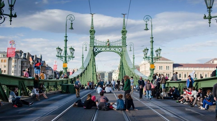 Liberty Bridge 'Closed For Picnics' At Weekends In July