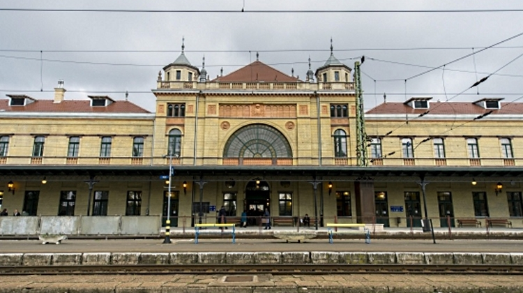 Railway Stations In Hungary Get Caretakers
