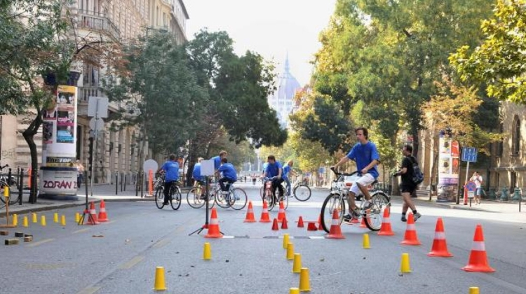 Car-Free Days On Andrássy Between 21–22 September During 'European Mobility Week'