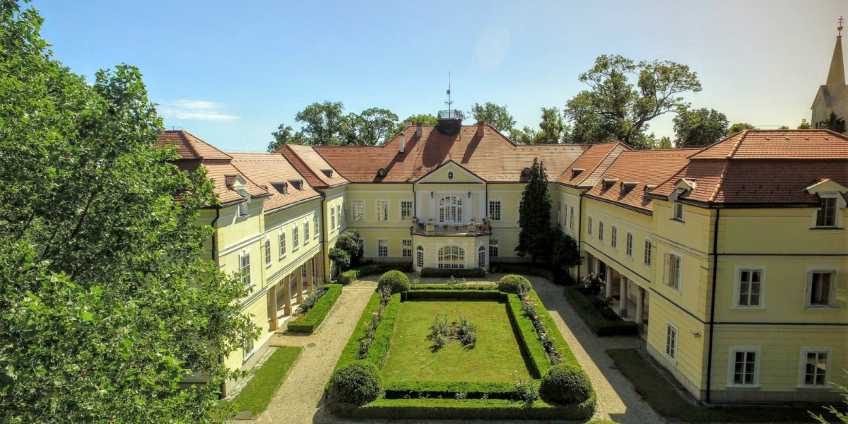 Three Hungarian Castle Hotels Receive Heritage Hotels Award