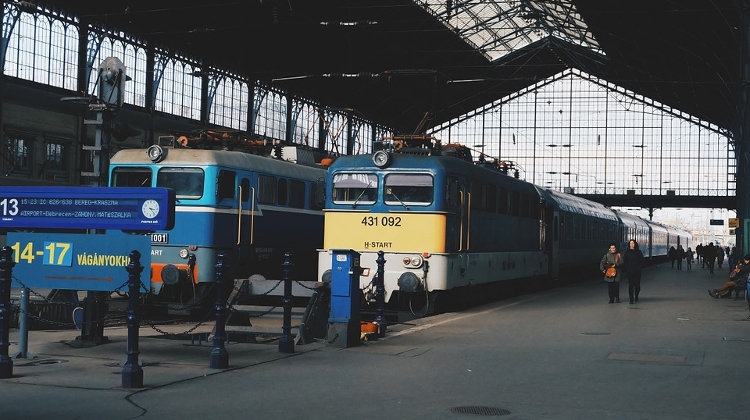 41% Of Hungary's Railways Now Electric