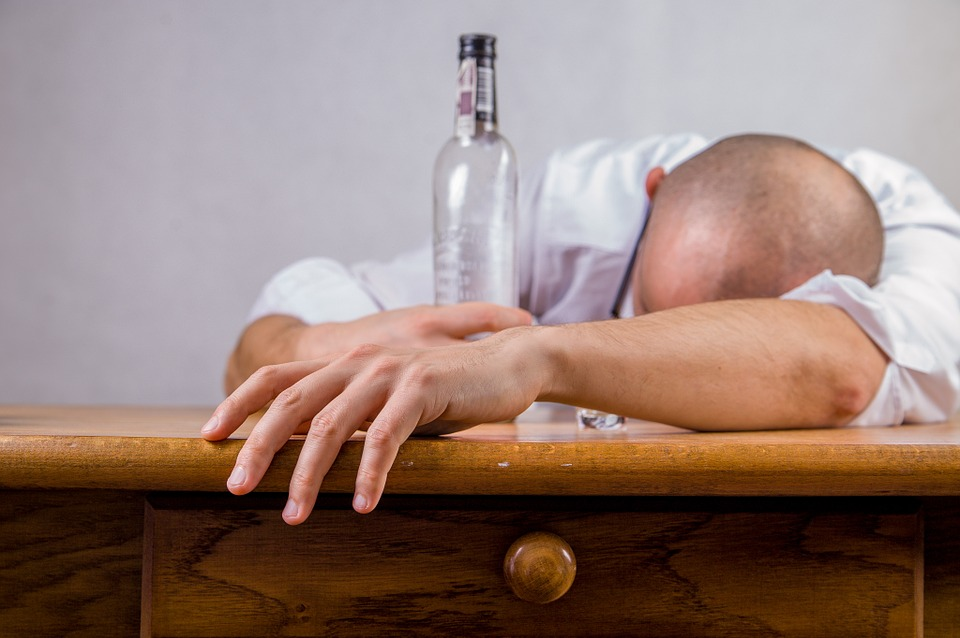 Number Of Alcohol Addicts In Hungary Reaches 800,000 Says Toxicologist