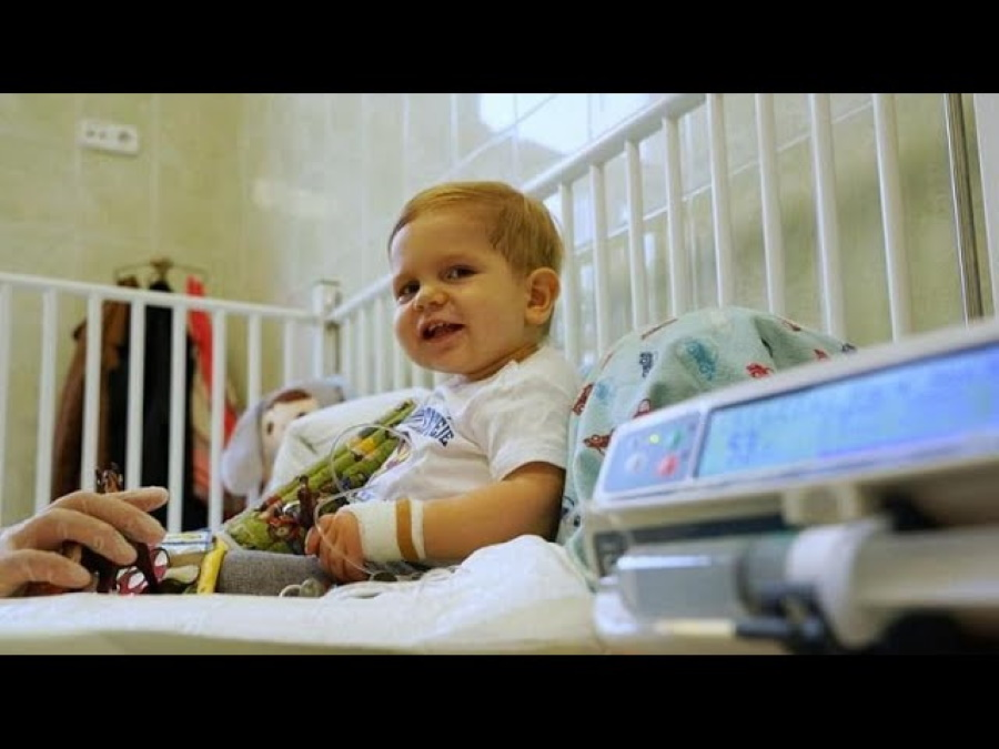 Video: Hungarian Toddler Treated With World's Most Expensive Drug After Fundraising Campaign