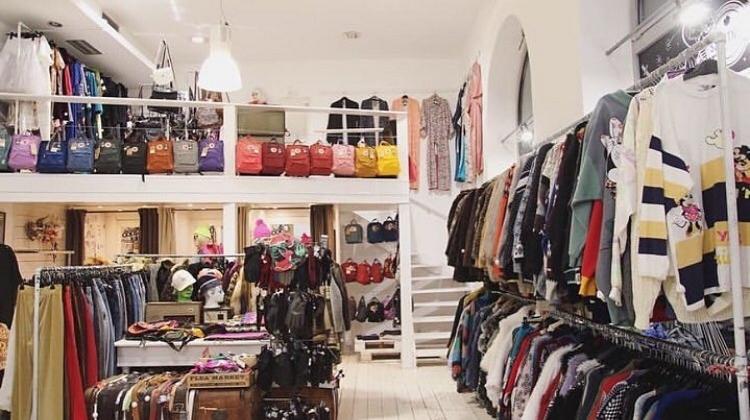 5 Top Vintage Shops In Budapest Xpatloop Com