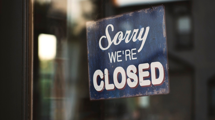Retailers Could Take Common Decision To Close Earlier On Sundays