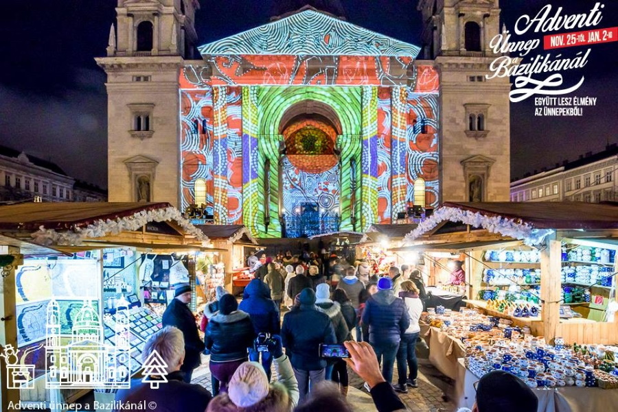 Video: Europe's Second Best Christmas Market Opened In Budapest