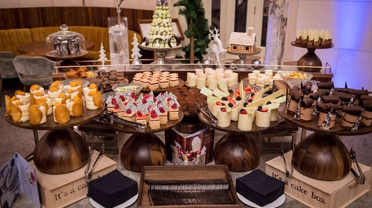 New Year's Day Brunch At Kupola Lounge, The Ritz-Carlton Budapest
