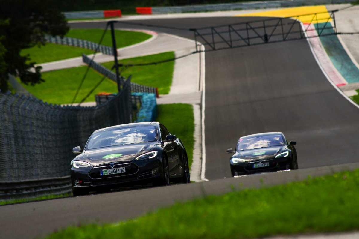 Thriller At 1st Hungaroring Eco Grand Prix