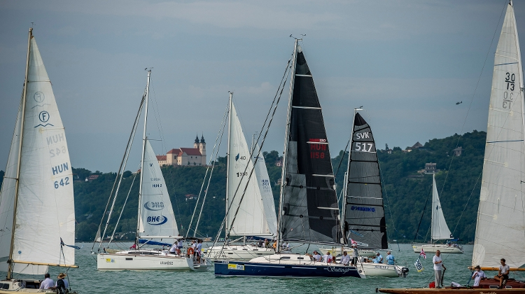 Video: International 'Blue Ribbon Regatta' at Balaton, 18 - 20 July