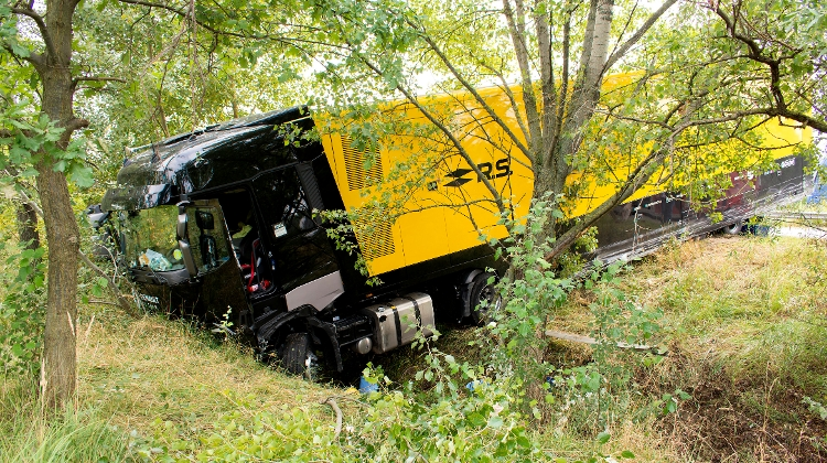 Formula One Teams Arrive In Hungary For Grand Prix - Renault's Race Truck Got Stuck