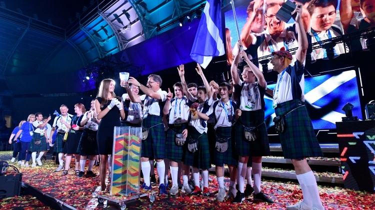 Hungarian President Opens 15th European Maccabi Games In Budapest