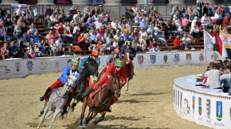 National Gallop @ Heroes' Square, 19 – 20 October