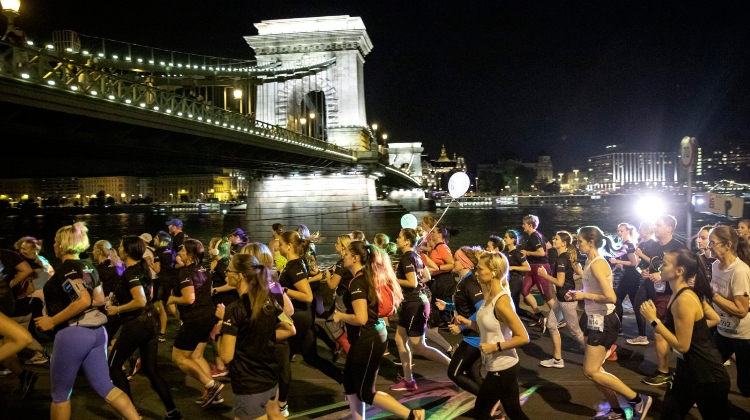 Budapest Night Run Draws 6,000 Entrants