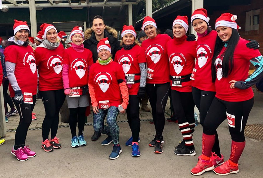 'Santa Claus Charity Run' Around Margaret Island, 8 December