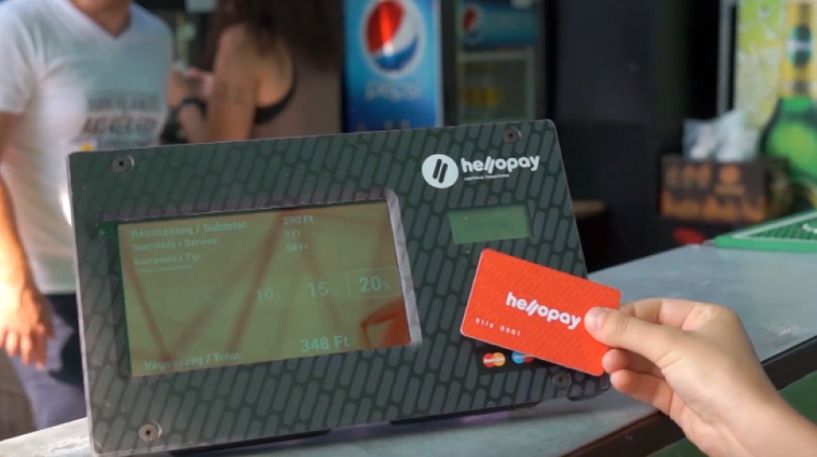 Hungarian Competition Authority Fines HelloPay Over Default Tips