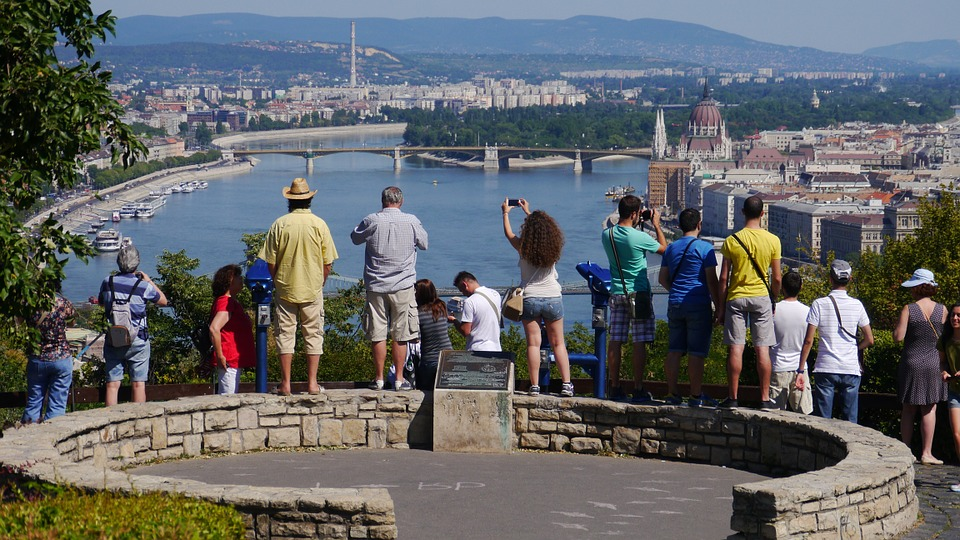 Hungarian Gov't Aims To Make Hungary Top Region Of CE Tourism By 2030