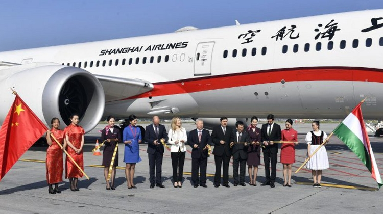 First Direct Flight Arrives From Shanghai To Budapest