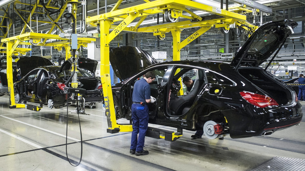 Mercedes Factory In Hungary To Close For A Month