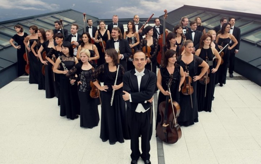 Danubia Orchestra Plays For Hearing-Impaired In Budapest On 28 August