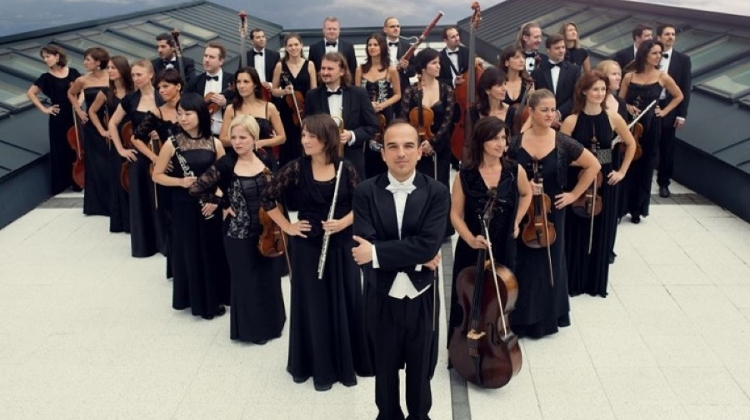 Beethoven Project  In Budapest: Danubia Orchestra Plays For Hearing-Impaired From February To May