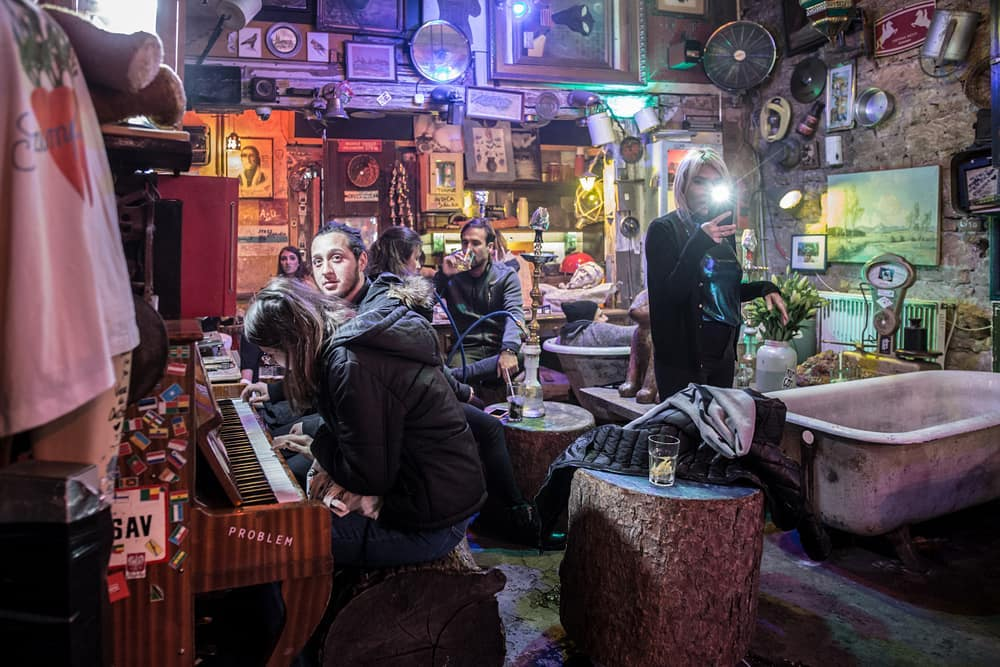 Video: History Of Ruin Bars In Budapest