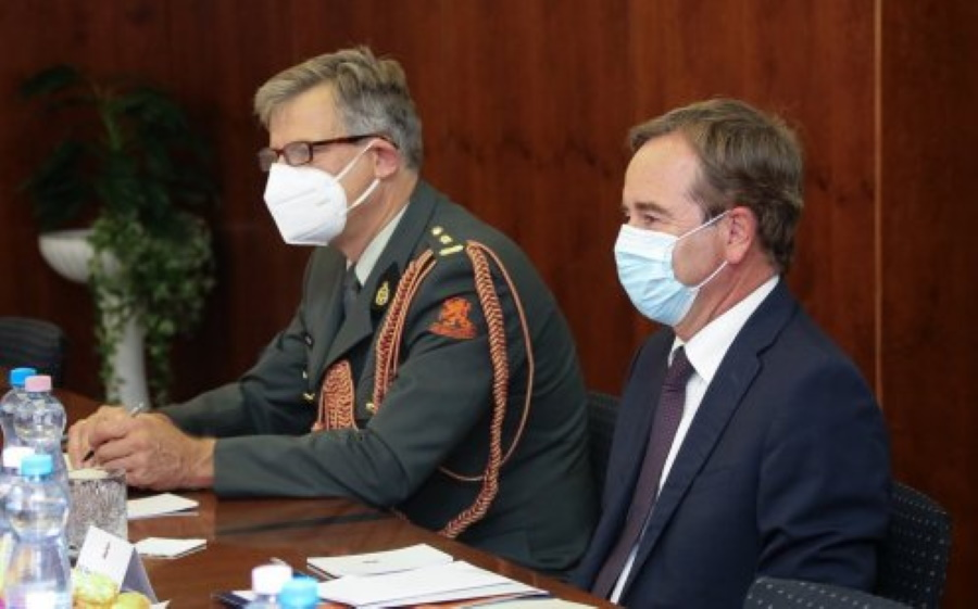 Defence Minister Receives Kingdom Of The Netherlands' Ambassador To Budapest