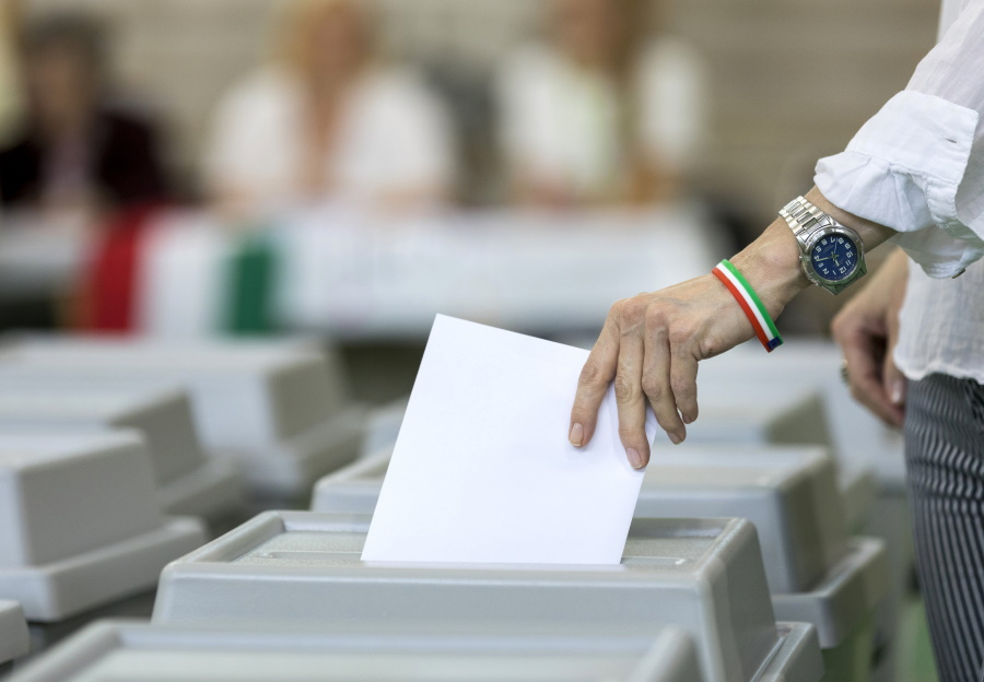 42% Of Hungarians Mistrust Election System