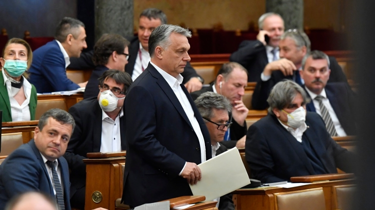 Video: PM Orbán Handed Sweeping New Powers With COVID-19 Law