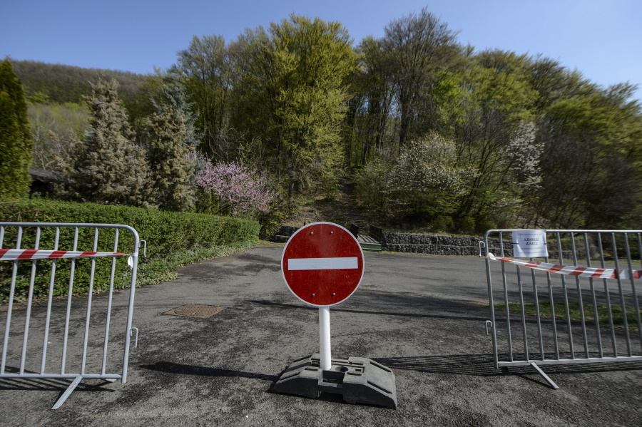 Coronavirus: Curfew Restrictions Observed In Budapest More Than In Other Areas