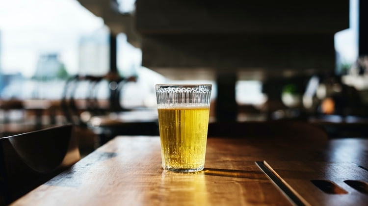 Beer Sales Soar To HUF 25 Billion Amid Covid Lockdown In March & April
